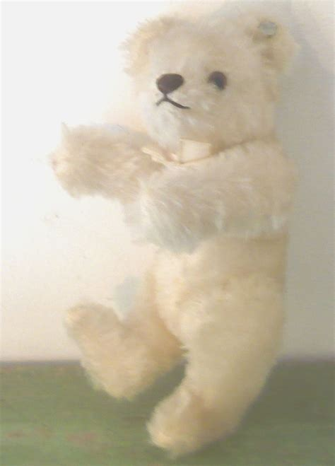 """6"""" Steiff 1950's White Bear with Script Button Seamed Paws"""