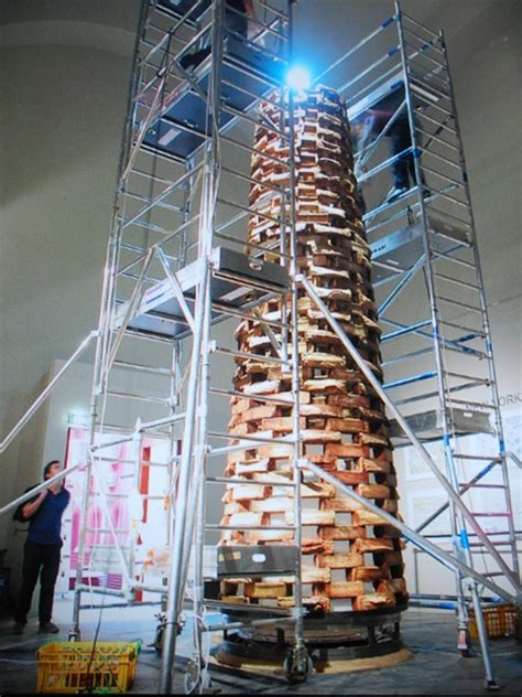 Tallest Cake In Africa By Tosan - Food (3) - Nigeria