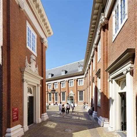 Amsterdam Museum Admission Tickets with Audioguide | INDIWAY