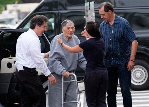 100-year-old mobster John Franzese released from federal
