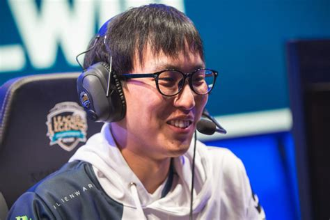 Doublelift takes home the 2018 NA LCS Summer Split MVP