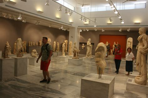 Heraklion Archaeological Museum - Museum in Crete
