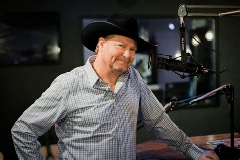 Honky Tonkin's Tracy Lawrence Garners 2nd ACM Nomination